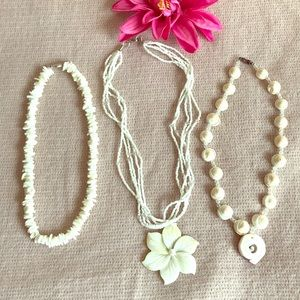 Jewelry - Shells and pearls set of necklaces
